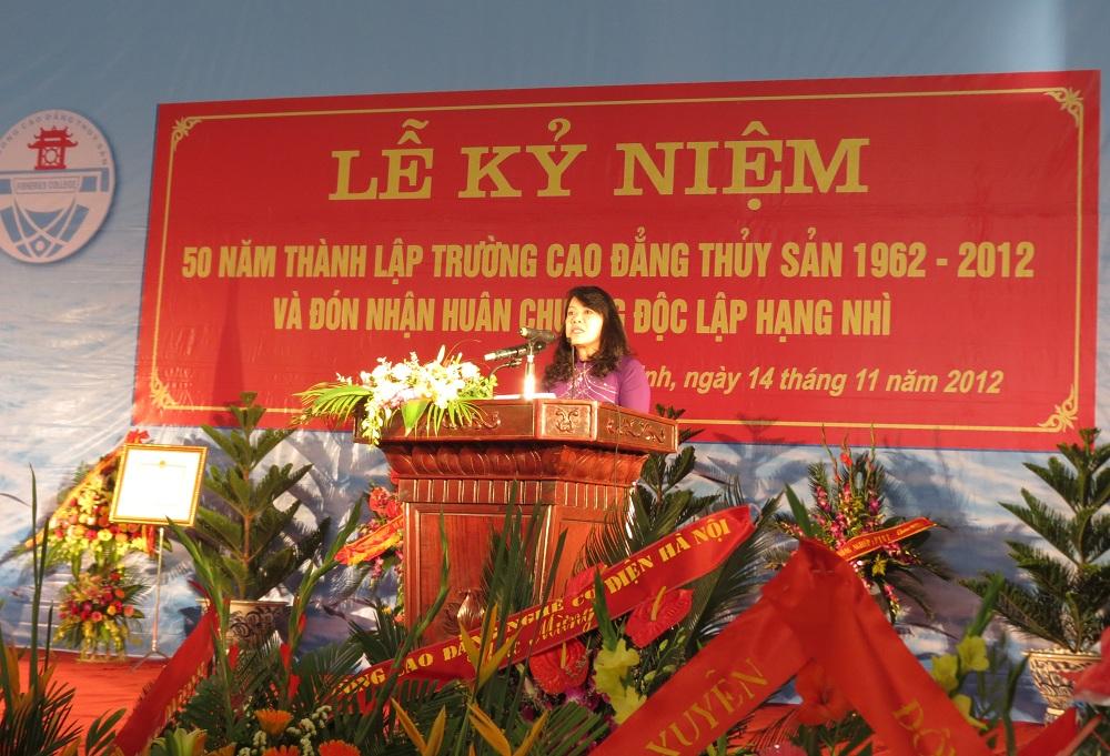 Le ky niem 50 nam thanh lap truong Cao dang Thuy san 1962-2012 va don nhan huan chuong doc lap hang Nhi