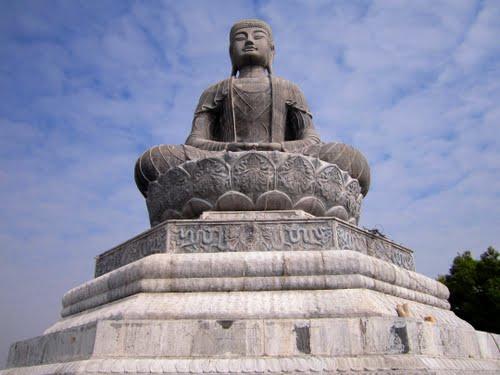 Nhung ngoi chua noi tieng tai Bac Ninh mien du lich Tam linh - Tin nguong phat giao