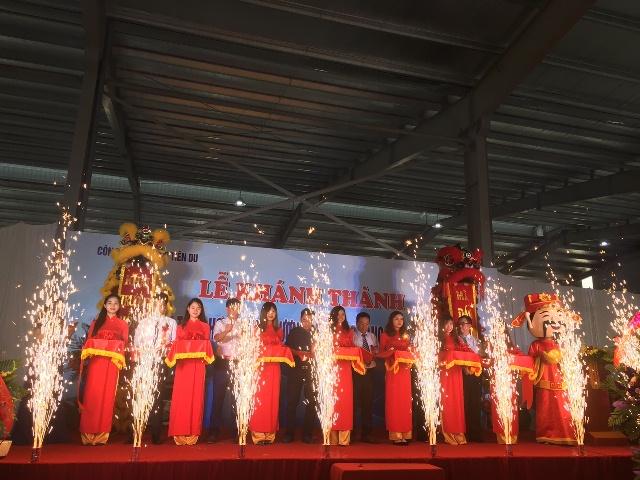 Le khanh thanh khu Dich vu tong hop - Khai truong Cua hang xang dau KCN Yen Phong